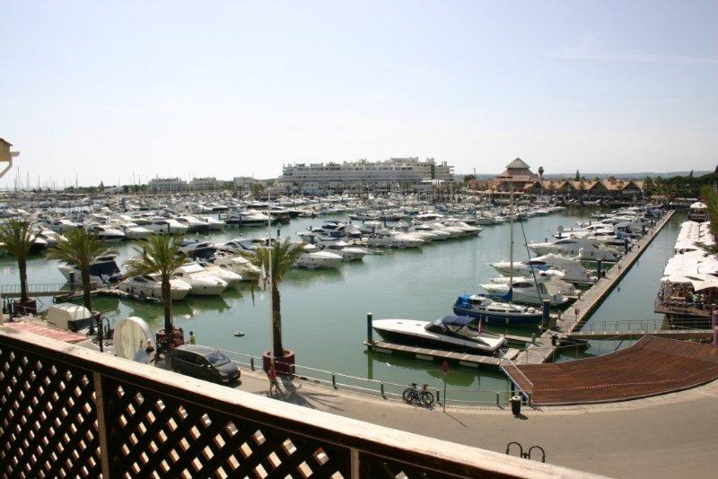 Marina Plaza, slika 5
